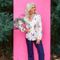 NCM Bähr Theodora Designer Bluse weiß mit Akrobaten Print