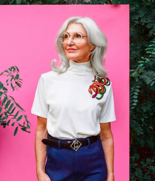 NCM Bähr Theodora Designer T-Shirt weiß mit Schlangenstickerei