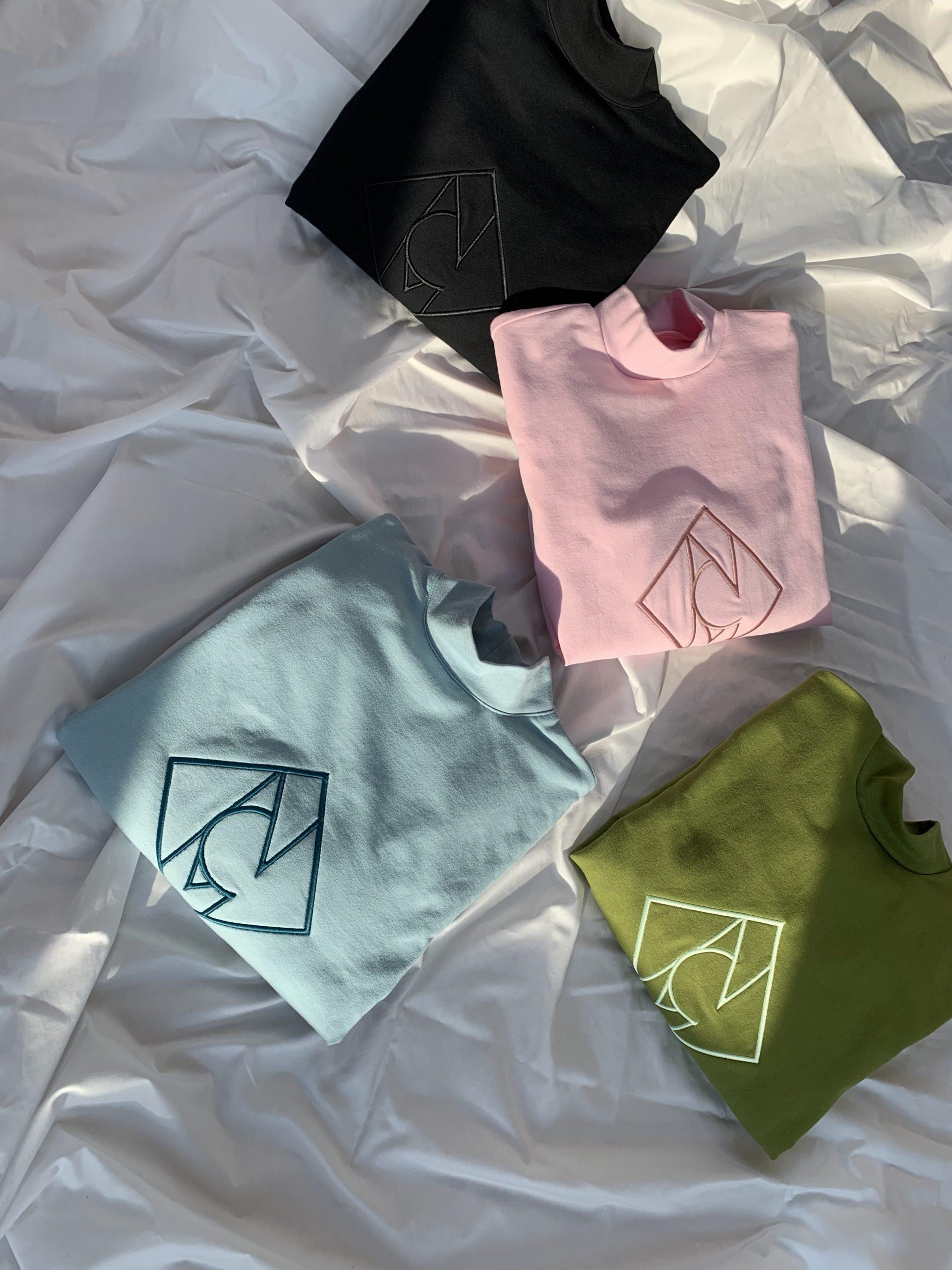 Sweatshirt-mit-Logo-Stickerei-rosé-schwarz-aquamarin-grün